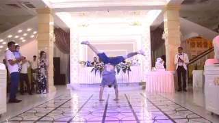 Брейк данс на свадьбе в Сочи.