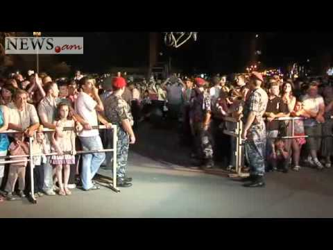 Yerevan Citizens Celebrate The Victory Of Armenian Chess Team In World Chess Championship