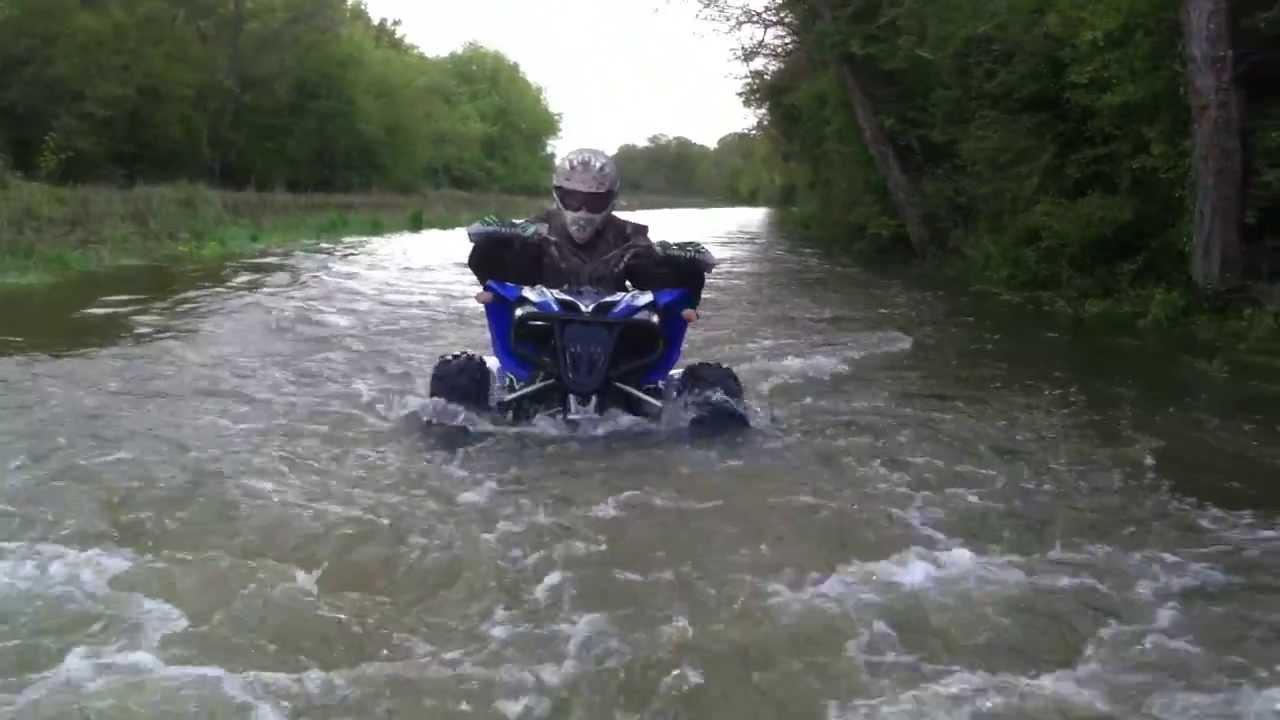 Ostacruiser team 5 raptor 250 yfm r enorme passage d eau