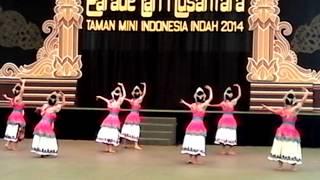 "Sanggar Seni "" PUSPA KENCANA""  Propinsi Banten PARADE TARI NUSANTARA 2014 TMII Propinsi Banten"