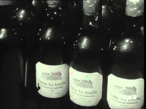 1944 Distribution par la Milice de vin saisi au Marché Noir.