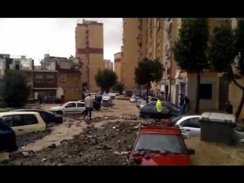 Inundaci n en m laga 17 11 2012 barrios parque del sur y ciudad jard n youtube - Ciudad jardin malaga ...
