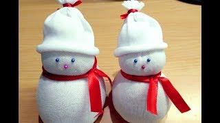 Diy snowman/socks snowman/how to make socks snowman/socks crafts/making of socks snowman