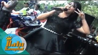Video Sambalado - Wiwik Sagita - OM Sera download MP3, 3GP, MP4, WEBM, AVI, FLV Desember 2017