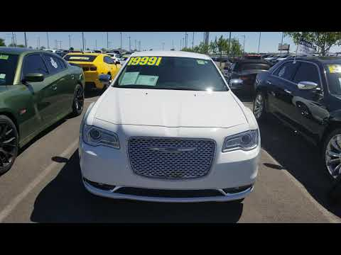 Gage Car Reviews Episode 998: 2018 Chrysler 300 Limited (Bright White)