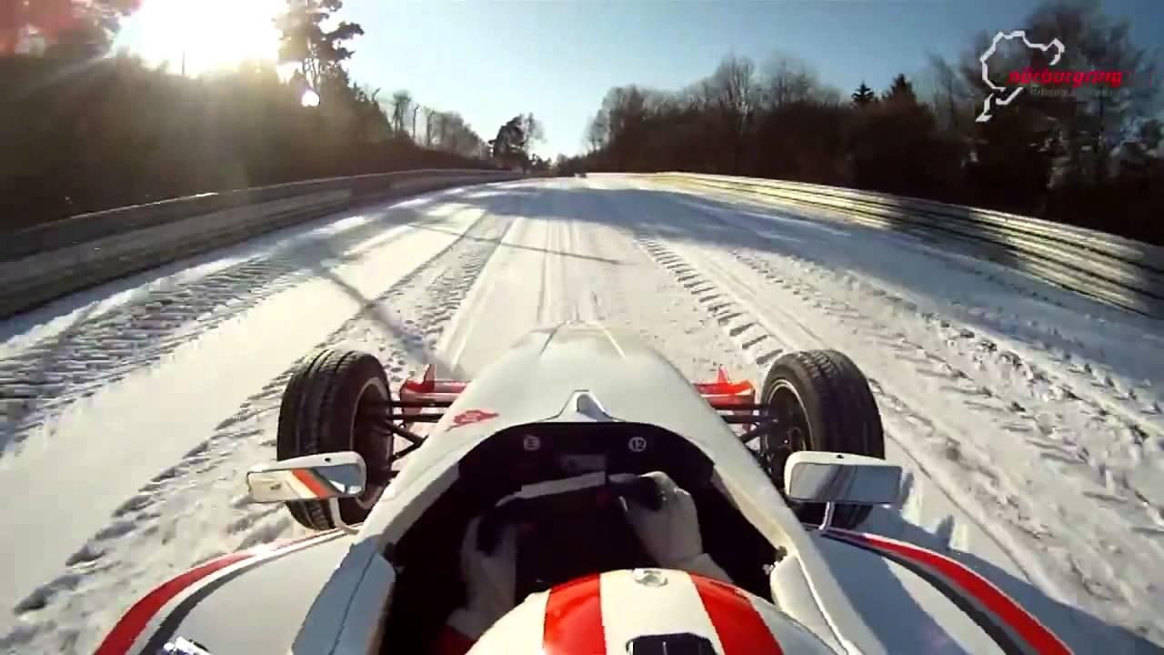 Le Nurburgring enneigé en monoplace