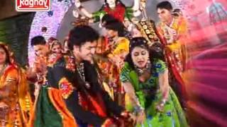 Mara Ambaji Ma-Gujarati Latest Devotional Garba Dance Video Bhakti Song Of 2012 By Kavita Das