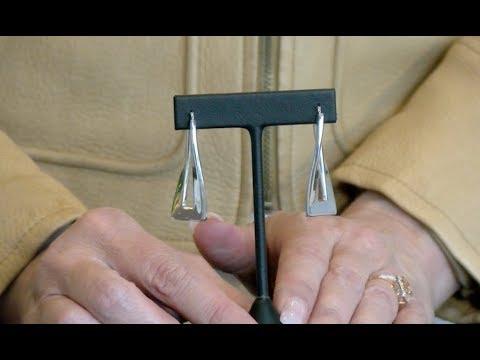 Rectangular Wave Hoop Earrings