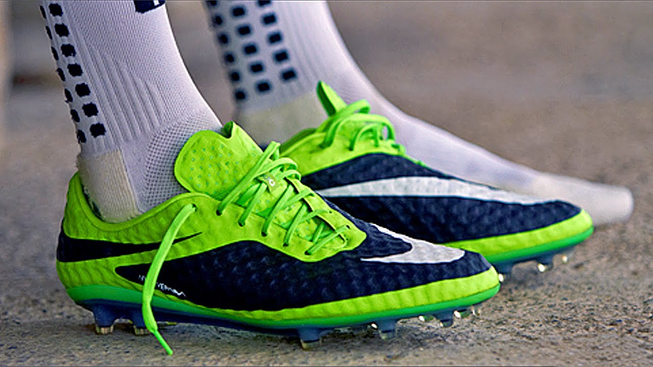 New Ibrahimovic Boots  Nike Hypervenom Phantom FG Unboxing by freekickerz -  YouTube 043e6e652641