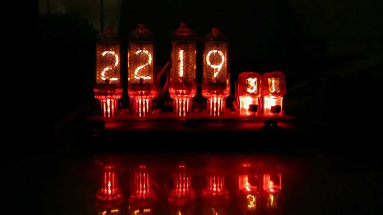 Как проверить лампу лампочку мультиметром и индикаторной отверткой .