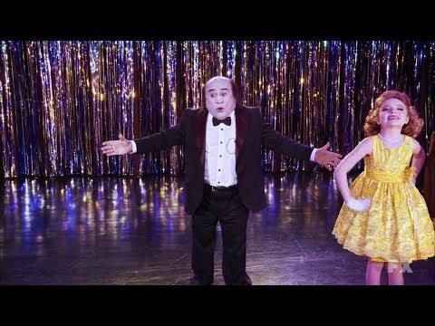 It's Always Sunny in Philadelphia - Frank hosting a beauty pageant.