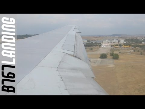 British Airways Boeing B767-300ER landing at Madrid Barajas