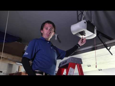 Car Hacks: How to Program HomeLink to Your Garage