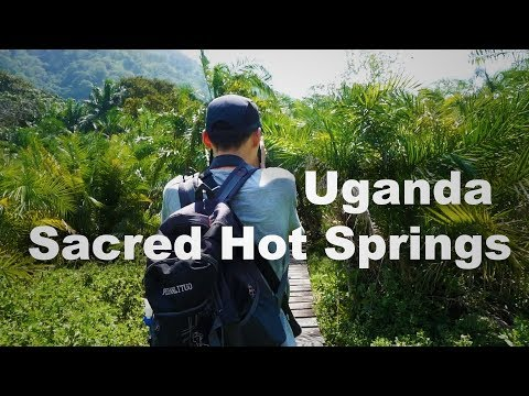 COOKING ON THE EQUATOR | UGANDA TRAVEL VLOG