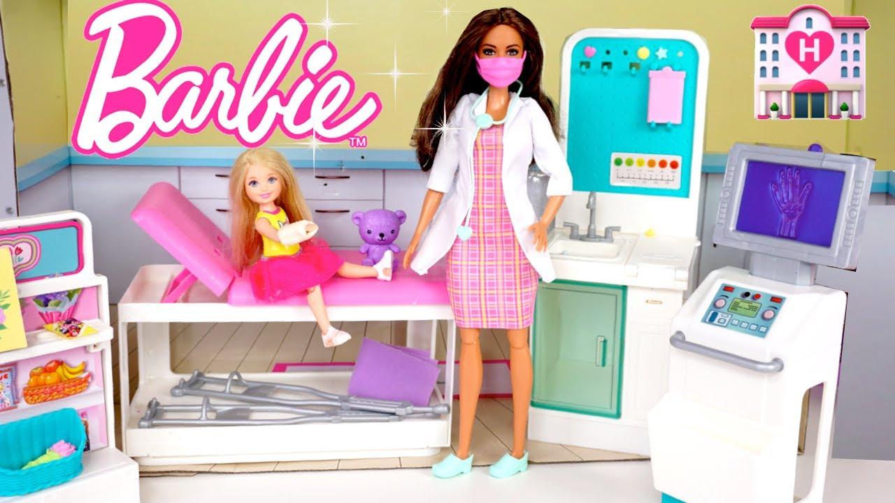 Barbie Clinica Para Muñecas con Yeso de Plastilina - Los Juguetes de Titi