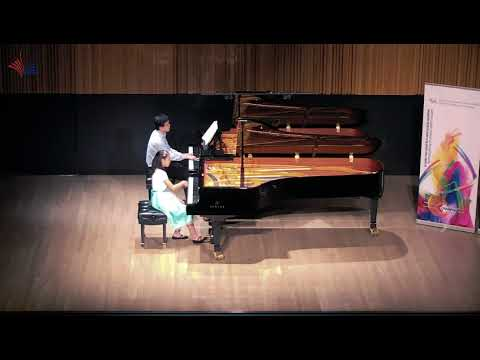 Emma Mo - 2nd Place in 10 Yr Canadian Music Competition 2018 - Beethoven Concerto No. 1 Op. 15