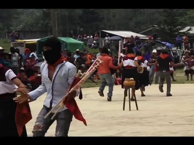 »... Dass die Herzen tanzen – Que bailen los Corazones ...«