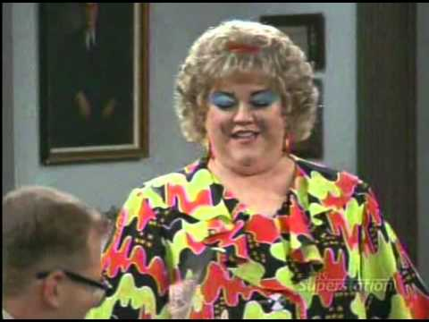 The Drew Carey Show. E01S02. Mimi Pranks Drew.