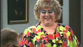 The Drew Carey Show. E01S02. Mimi Pranks Drew.