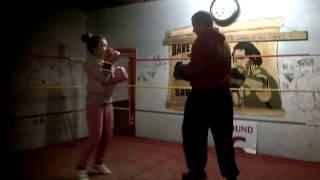 Sophie boxing @ Spit