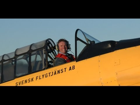 Nordic Warbirds Sk16. Starring Jan Andersson and a rare formation flight!