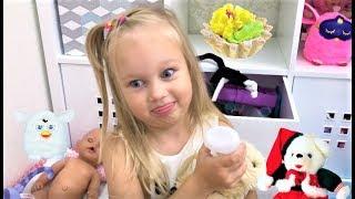 Алиса показывает свои ИГРУШКИ !