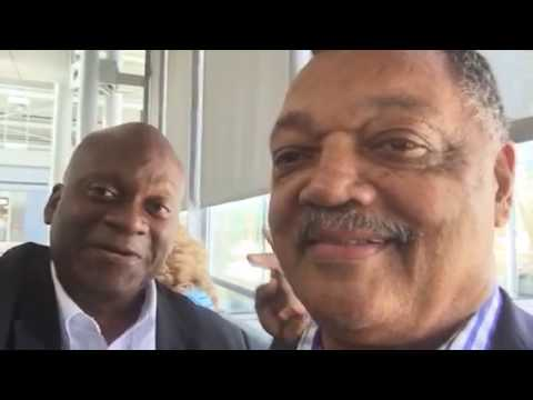 "Rev Jesse Jackson At O'Hare Airport ""Keep Hope Alive"""