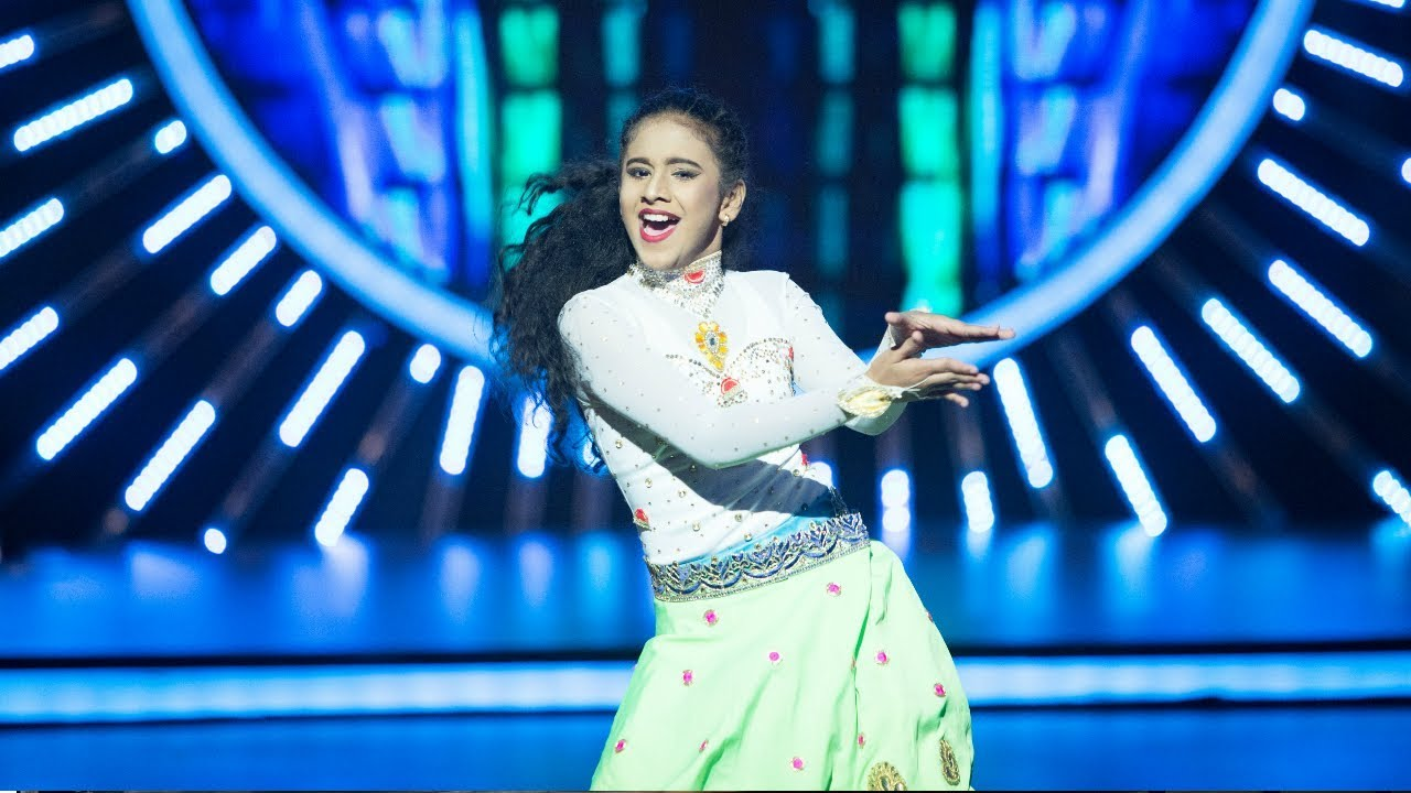 D4 Junior Vs Senior I Ananya's dedication for Kareena Kapoor I Mazhavil Manorama