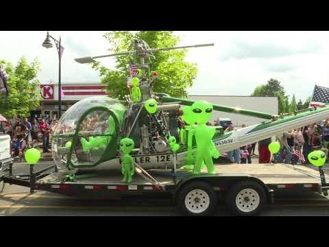 McMinnville UFO Festival Parade 2018