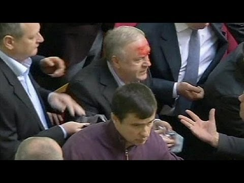 تصویب بودجه اوکراین در پارلمان برغم زد و خورد در پارلمان