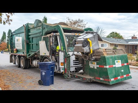Garbage Trucks In Action!