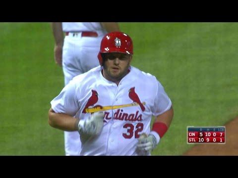 CIN@STL: Adams powers a two-run homer to center