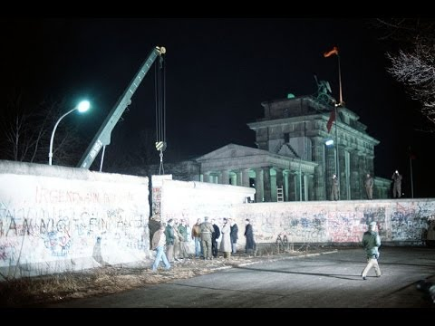 After the Fall of the Berlin Wall: Germany, the Germans & the Burdens of History (1995)