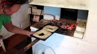 Печём хлеб. Русская печь 2.