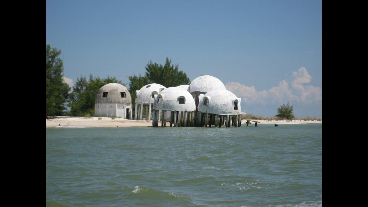 Cape Romanou0027s Dome Home after Hurricane Irma