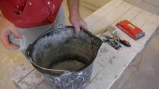 Шпаклевать потолок третьим слоем шпаклевки или затирать потолок
