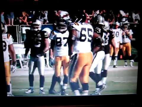 Nnamdi Asomugha destroys Tony Richardson All pro Corner destroys pro bowl Fullback Oakland Raiders