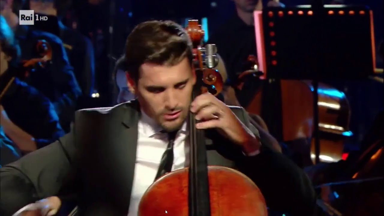 The Rains Of Castamere & Game Of Thrones Theme - 2CELLOS Live at Colosseum (Rome)