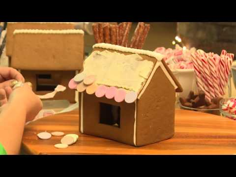 How to Make a Gingerbread Village
