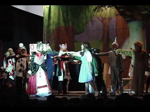 The Showdown - Dorothy in Wonderland Musical - December 2015 - Dingeman Elementary School