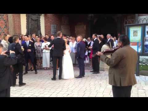 Happy Wedding in Krakow's Main Square