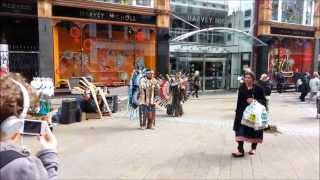 Spiritual Music Native American Indians Song - Street Performance