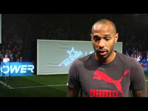 Thierry Henry how to finish at speed | Pro striker tips
