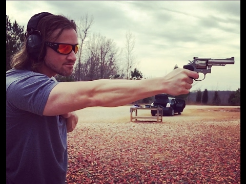 Shooting the Smith & Wesson Model 67 38 Special