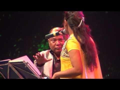 Mohd Aziz In 'jovial' Mood !
