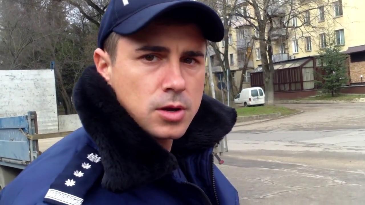 Poliţia se răzbună pentru că a fost filmată în flagrant - Curaj.TV