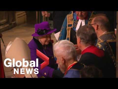 Royals arrive for Armistice remembrance service