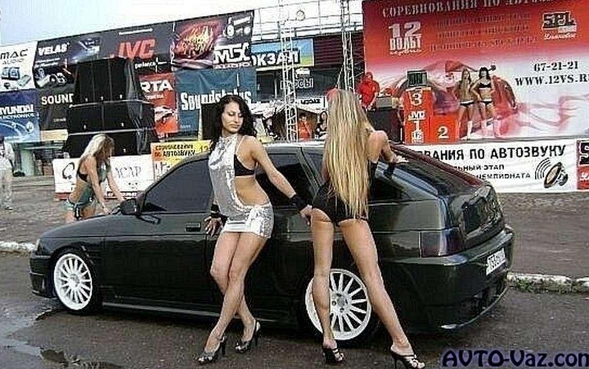 тюнингованные тачки с голыми девушками
