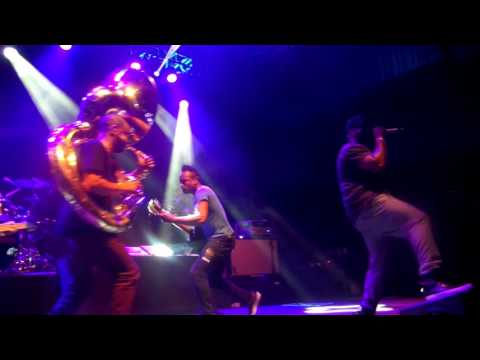"""The Roots """"Step into the Realm"""" Live at Brooklyn Bowl 01.03.15"""