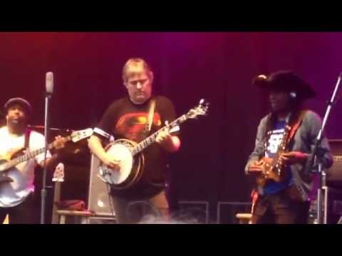 """""""Sex in a Pan"""": Béla Fleck & the Flecktones featuring Jonathan Scales"""